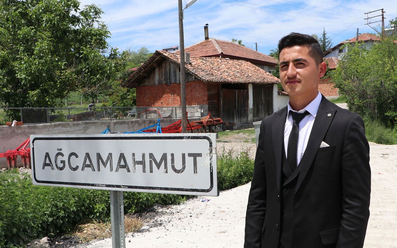 18 yaşına giren Ali Külekçi muhtar seçildi